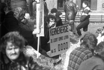 1980_Demonstratie_Dodewaard_14a-Demonstrantent
